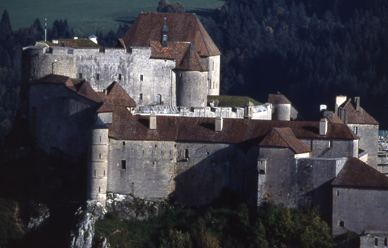 Joux Castle close to hotel restaurant Le Tillau